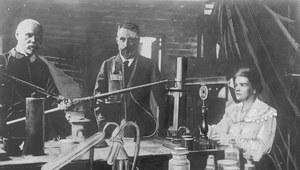 115 lat temu Maria Skłodowska-Curie i jej mąż Piotr Curie odebrali Nagrodę Nobla