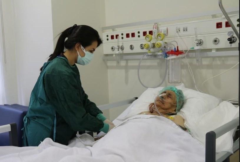 116-letnia kobieta wyzdrowiała z COVID-19 /Szpital Miejski w Eskisehir /facebook.com