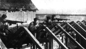 """12 marca 1943 r. Oddział partyzancki """"Jędrusie"""" rozbił więzienie w Opatowie i uwolnił 80 więźniów"""