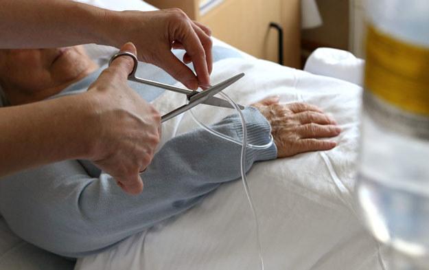 12 pielęgniarek zrezygnowało z pracy w szpitalu w Białogardzie (zdjęcie ilustracyjne) /Henryk Przondziono  /Agencja FORUM