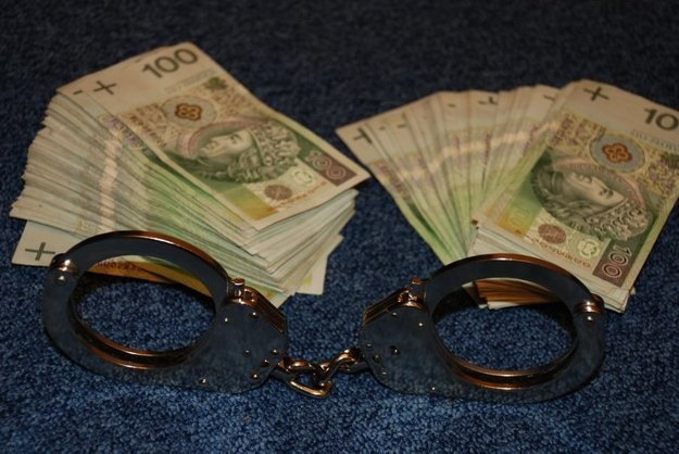 125 zarzutów korupcyjnych dla pracowników starostwa /RMF FM