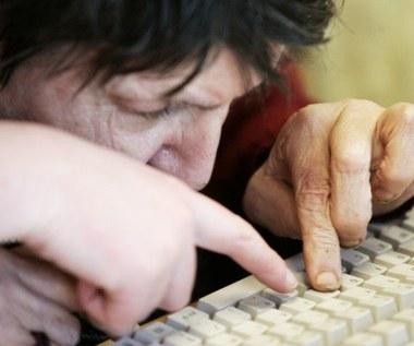 13 mln osób nie potrafi korzystać z nowych technologii