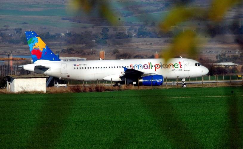 130 tysięcy złotych to koszt przymusowego lądowania w Burgas / PAP/EPA/TODOR STAVREV /PAP/EPA