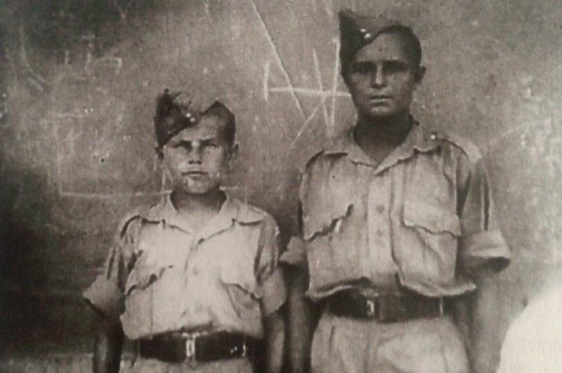 14-letni Stanisław Lula (po lewej) jako junak. Teheran, 1942 r. /Z archiwum Stanisława Luli/ repr. Ewelina Karpińska-Morek /INTERIA.PL