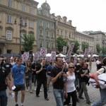 14 osób zatrzymanych po Marszu Równości w Krakowie, policja użyła gazu łzawiącego