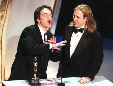 "15 lat minęło... Quentin Tarantino ze współscenarzystą ""Pulp Fiction"" Rogerem Avary /arch. AFP"
