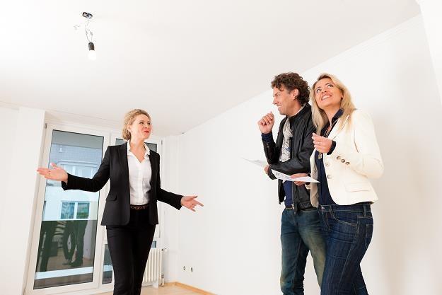 15 rad jak przygotować mieszkanie na wynajem /©123RF/PICSEL
