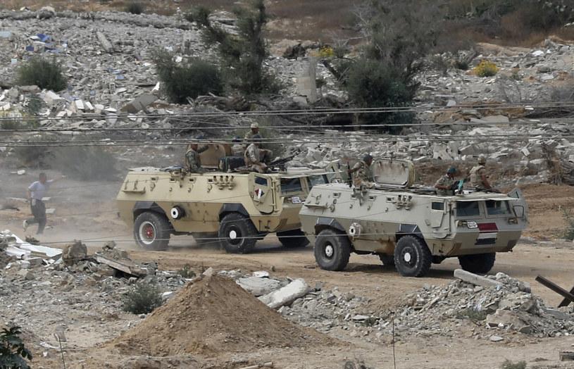 16 bojowników zginęło w operacji antyterrorystycznej na Synaju (zdjęcie ilustracyjne) /MOHAMMED ABED /AFP