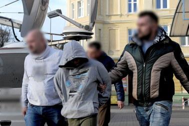 17-letni Adrian z Kołobrzegu usłyszał zarzut zabójstwa. Za zbrodnię odpowie jak dorosły