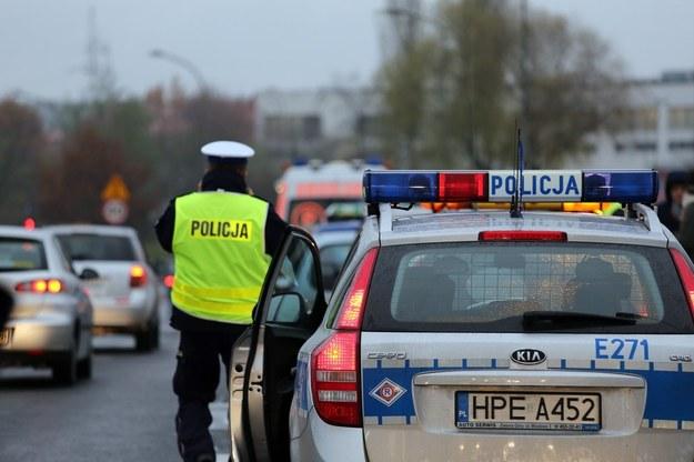 17 osób zginęło na drogach w okresie świątecznym /Piotr Jędzura /Reporter