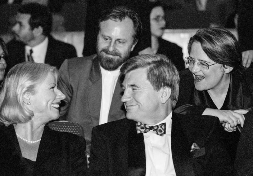 18.10.1997 Festiwal filmowy w Gdyni. Na zdjęciu Bożena Dykiel , Ryszard Miazek , Agnieszka Holland i Jan A. P. Kaczmarek /Jacek Dominski/ /Reporter