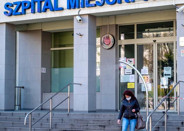 18 kolejnych osób zmarło, 270 nowych przypadków zakażenia [NOWE DANE]