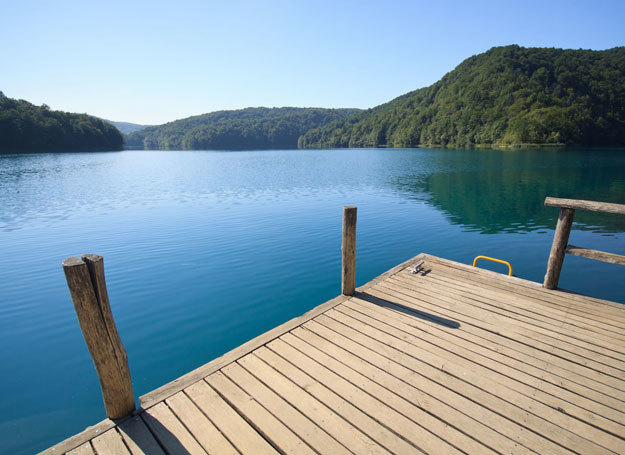 18-latek utonął w jeziorze/ Zdjęcie ilustracyjne /123RF/PICSEL