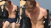 18-letni Presley Gerber rozbiera się na plaży