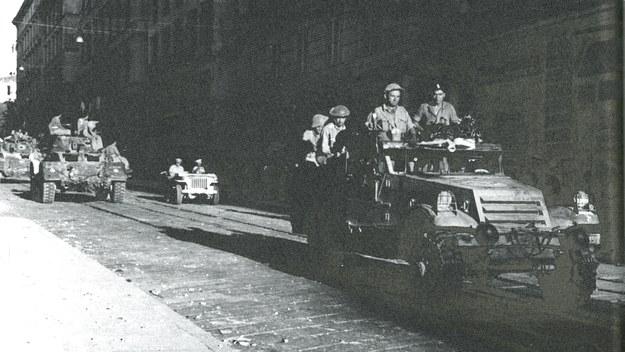 18 lipca 1944 r. Walczący na froncie włoskim polscy żołnierze zdobywają Ankonę