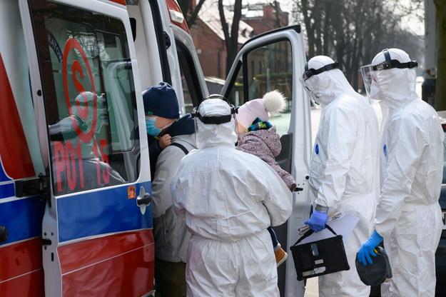 18 ofiar śmiertelnych koronawirusa w Polsce