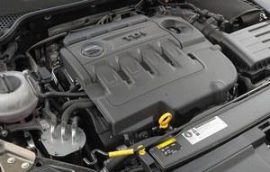 184-konne 2.0 TDI dostępne jest tylko z DSG. Osiągi niemal jakw klasie GTI i  spalanie. /Motor