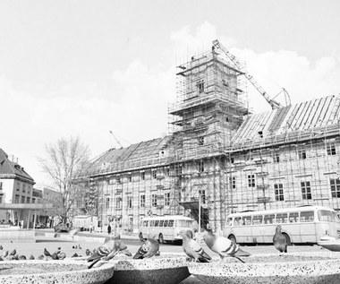 19 lipca 1974 r. Uruchomiono zegar na Wieży Zygmuntowskiej
