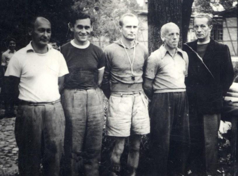 1957, Kazimierz Górski na obozie juniorów, fot. Fotonova, archiwum prywatne Górskich /mat.prasowe /materiały prasowe