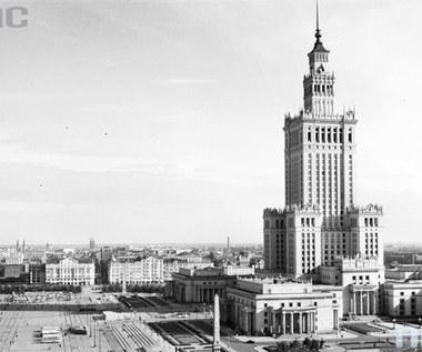2 maja 1952 r. Rozpoczęto budowę Pałacu Kultury i Nauki