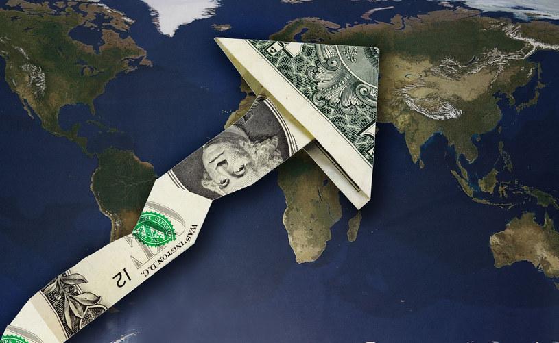 20 największych gospodarek świata utworzyły pakiety fiskalne o wartości 4,8 biliona dolarów. /123RF/PICSEL