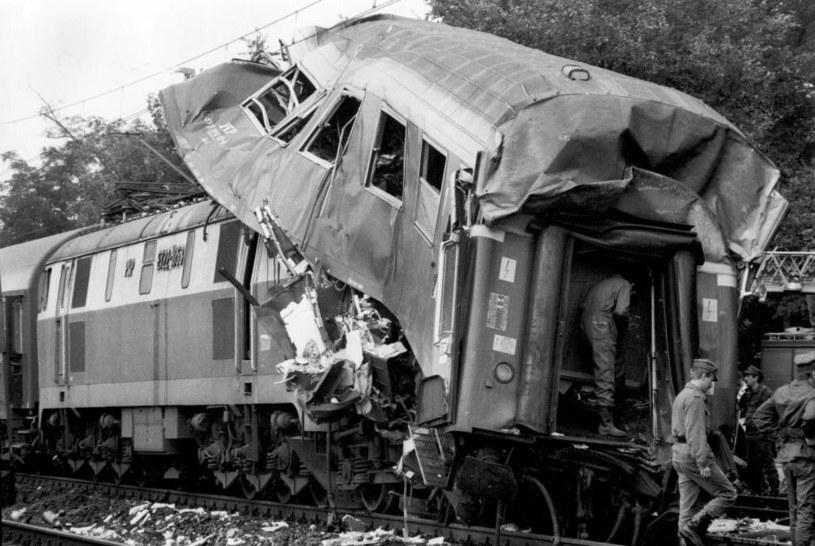 20 sierpnia 2021 r. mija 31 lat od katastrofy kolejowej w Ursusie. Wtedy, po najechaniu pociągu ekspresowego z Czech na osobowy ze Szklarskiej Poręby, zginęło 16 osób / Fot. Andrzej Iwanczuk /Reporter