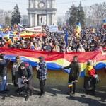 20 tys. osób demonstrowało w Kiszyniowie. Chcą zjednoczenia Rumunii i Mołdawii