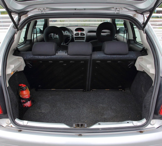 206 bagażnik /Motor