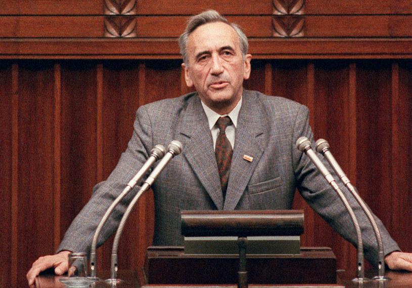 24 sierpnia 1989 roku Sejm powołał na stanowisko szefa rządu Tadeusza Mazowieckiego /DRUSZCZ WOJTEK /AFP