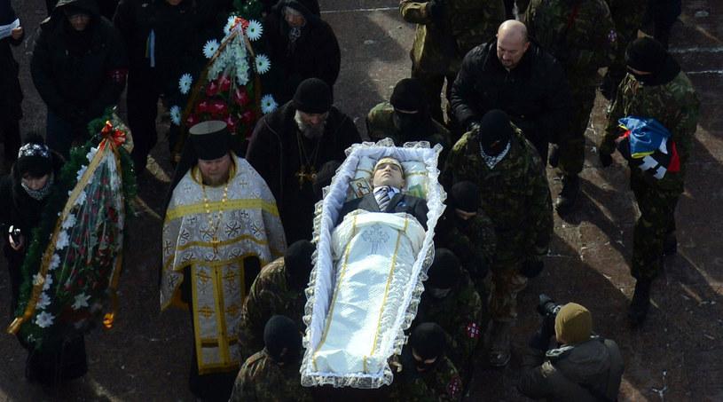 25-letni Michaił Żyzniewski zginął podczas zamieszek w Kijowie. / VASILY MAXIMOV  /AFP