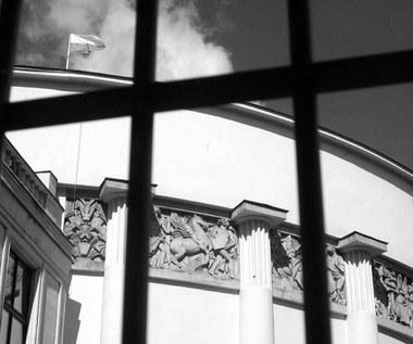 25 stycznia 1982 r. Sejm niemal jednogłośnie zatwierdza stan wojenny