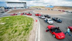 250 aut na 25-lecie Mazdy MX-5
