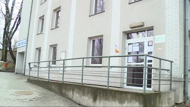 26-latek nie był w stanie dojść do drzwi /Polsat News