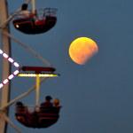 27 lipca najdłuższe w tym stuleciu całkowite zaćmienie Księżyca. I jeszcze jedno niezwykłe zjawisko