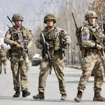 """27 zabitych w zamachu w Kabulu, premier uszedł z życiem. """"W pobliżu uderzyła rakieta"""""""