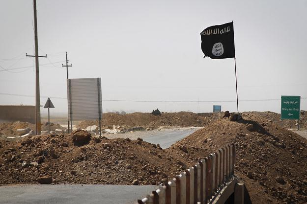 29 czerwca 2014 ugrupowanie proklamowało na ziemiach okupowanych kalifat pod nazwą Państwo Islamskie /AFP