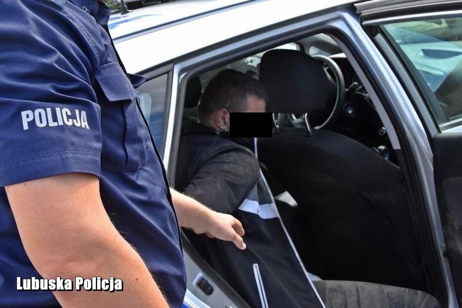 29-latek nie zatrzymał się do policyjnej kontroli /Lubelska Policja /Policja