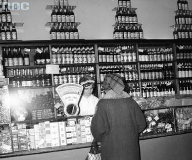 29 listopada 1990 r. Zniesiono zakaz sprzedaży alkoholu przed godziną 13.