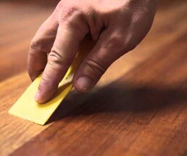 3 domowe sposoby na rysy na drewnianych meblach