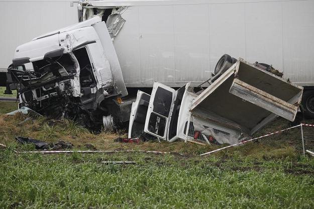3 osoby zginęły  w wypadku, do którego doszło w okolicach miejscowości Nowe Zambrzyce /PAP