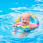 3 powody, by chodzić z malcem na pływalnię