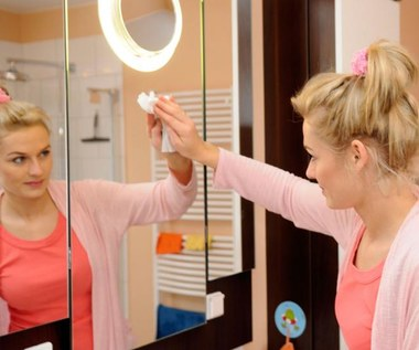 3 sposoby na smugi na lustrze
