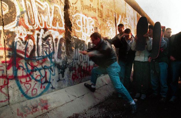 30 lat temu upadł mur berliński /Zuma Press /Agencja FORUM