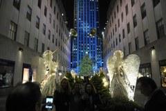 30 tysięcy lampek rozświetliło choinkę w Nowym Jorku