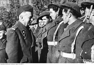30 września 1944 r. Gen. Sosnkowski zwolniony ze stanowiska Naczelnego Wodza