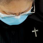 3000 sióstr zakonnych pomaga potrzebującym w czasie epidemii