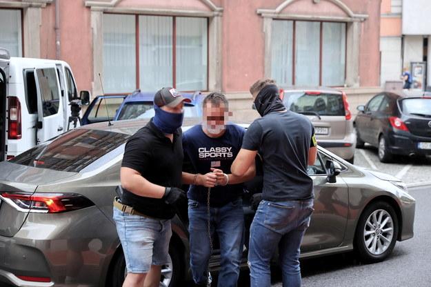 31-letni kierowca usłyszał zarzut zabójstwa 19-latki, a także zarzuty usiłowania zabójstwa dwóch innych osób /Andrzej  Grygiel /PAP