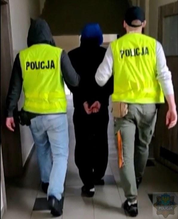 33-latek został zatrzymany, usłyszał zarzut posiadania narkotyków /www.opolska.policja.gov.pl /Policja