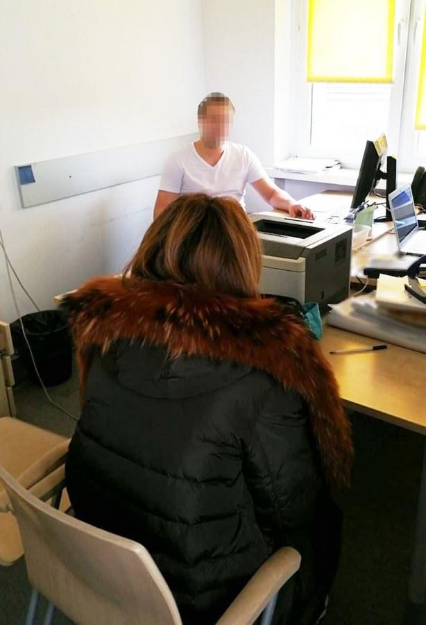 36-latka podczas policyjnego przesłuchania /Policja