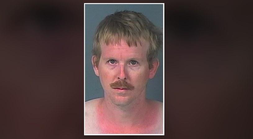 36-letni mężczyzna przez miesiąc mieszkał w szafie 15-latki /facebook.com